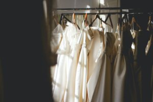 how to start clothing rental business