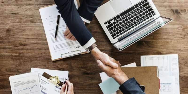 handshake meaning in business